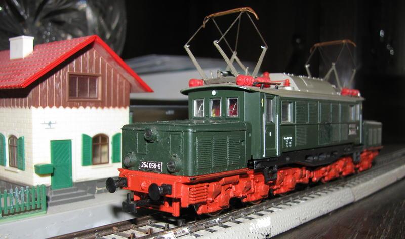 Bahnbastlers Umbauten, Reparaturen, Basteleien  9860531mvb
