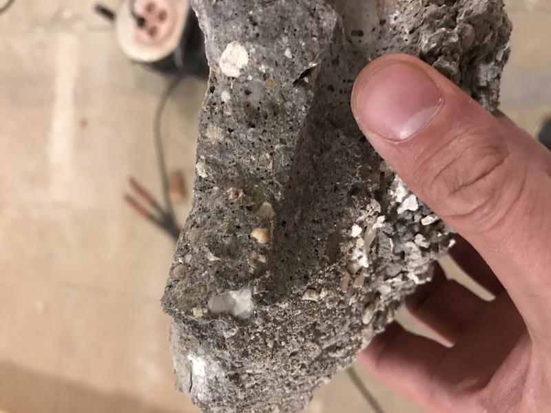 Gut gemocht Asbest in Estrich - HaustechnikDialog CZ42