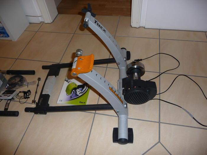 Super TACX Cycleforce + I-magic T1915 + Lenkerframe T1905 KD-55