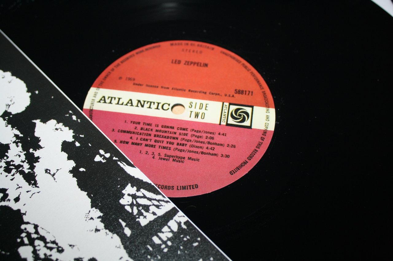 Led Zeppelin I T 252 Rkis Ma 223 En Kastanienbraun Beschriftet