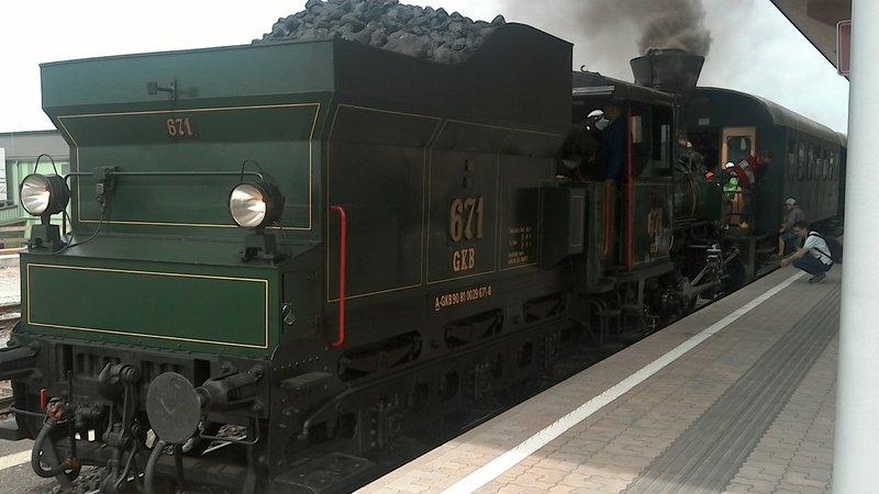Bahnhof Felsberg-Gensungen 32565091yd