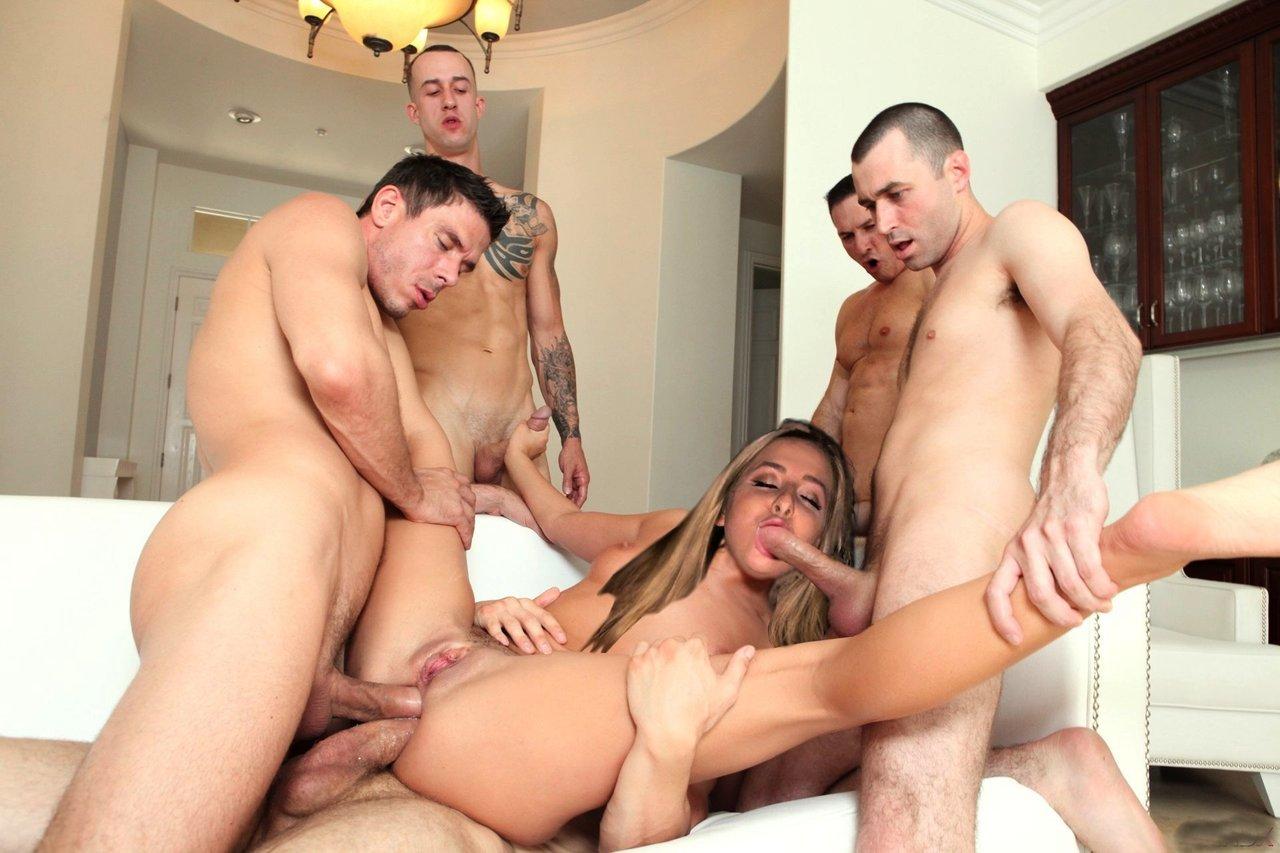 У Проститутки Три Дырки