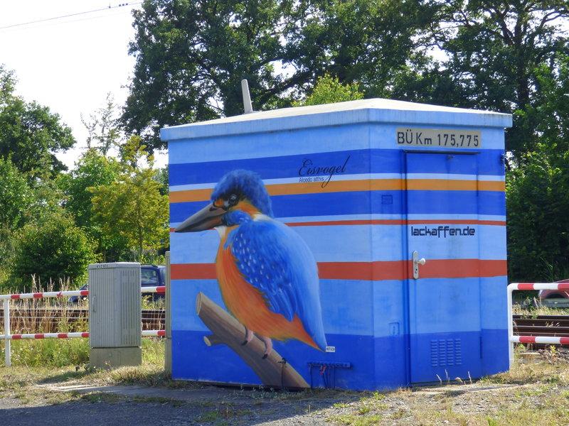 Anti Graffiti für Zweckgebäude 33132574bn