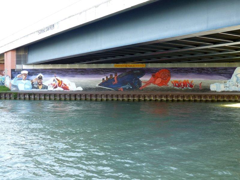 Anti Graffiti für Zweckgebäude - Seite 2 33553819mo