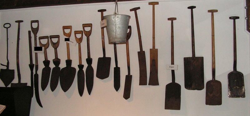 Rätselhafte Werkzeuge....ein Werkzeugrätsel 33938052hn