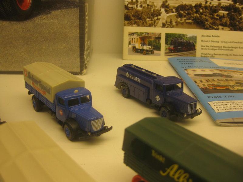 Büssing-Lastwagen und Omnibusse 34484783wq