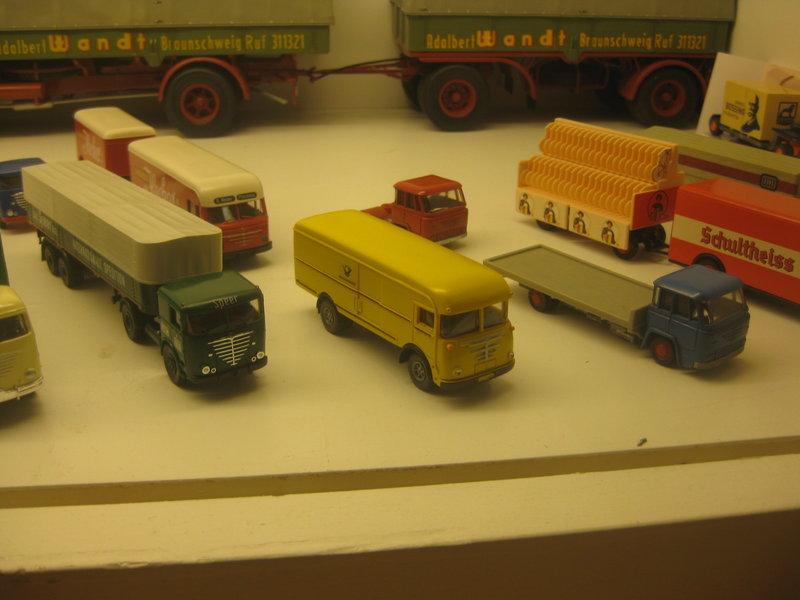 Büssing-Lastwagen und Omnibusse 34484787kz
