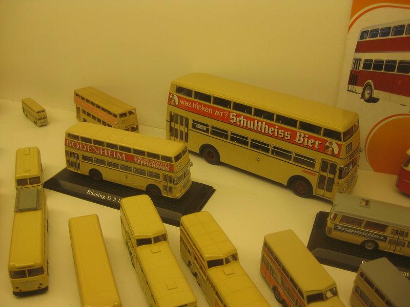 Büssing-Lastwagen und Omnibusse 34484793tw