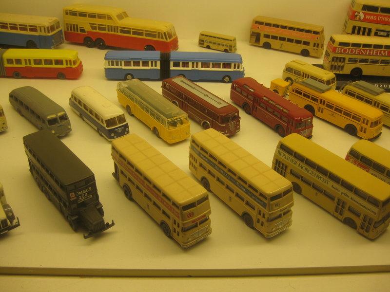 Büssing-Lastwagen und Omnibusse 34484803cm