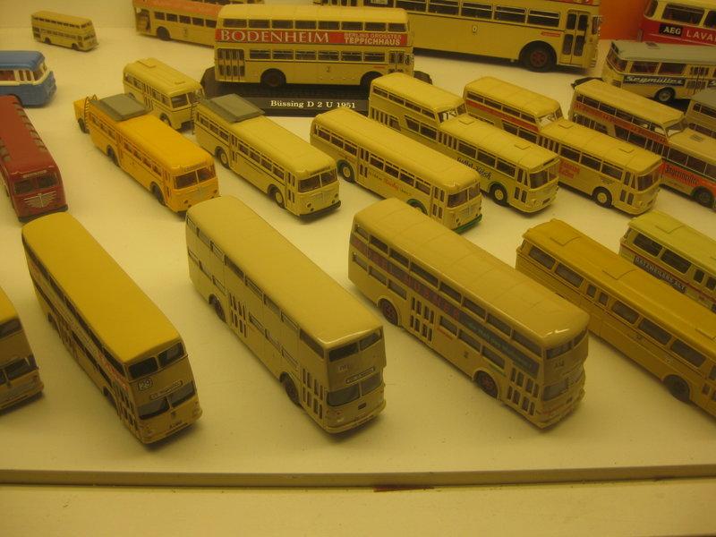 Büssing-Lastwagen und Omnibusse 34484804ir