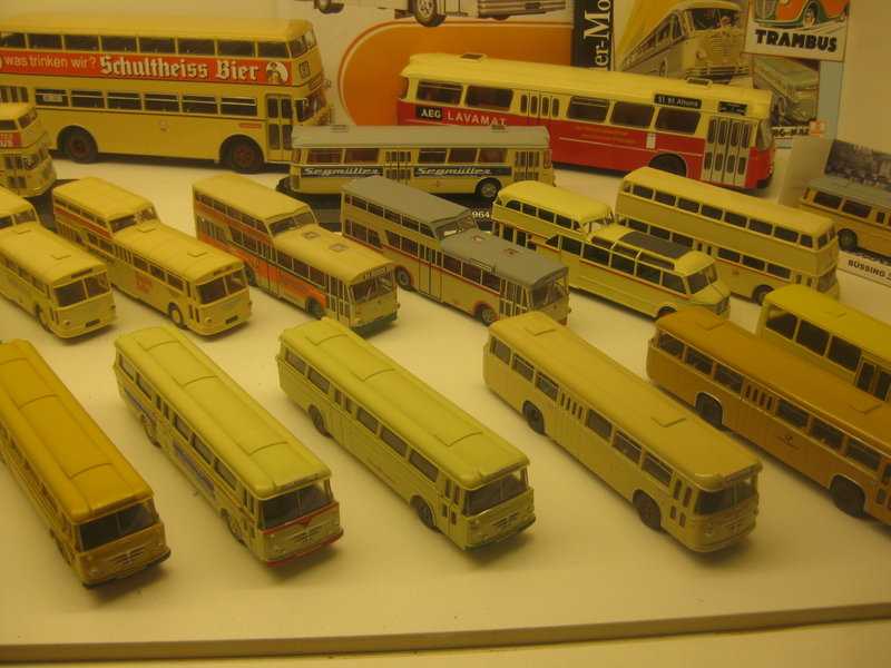 Büssing-Lastwagen und Omnibusse 34484806ub