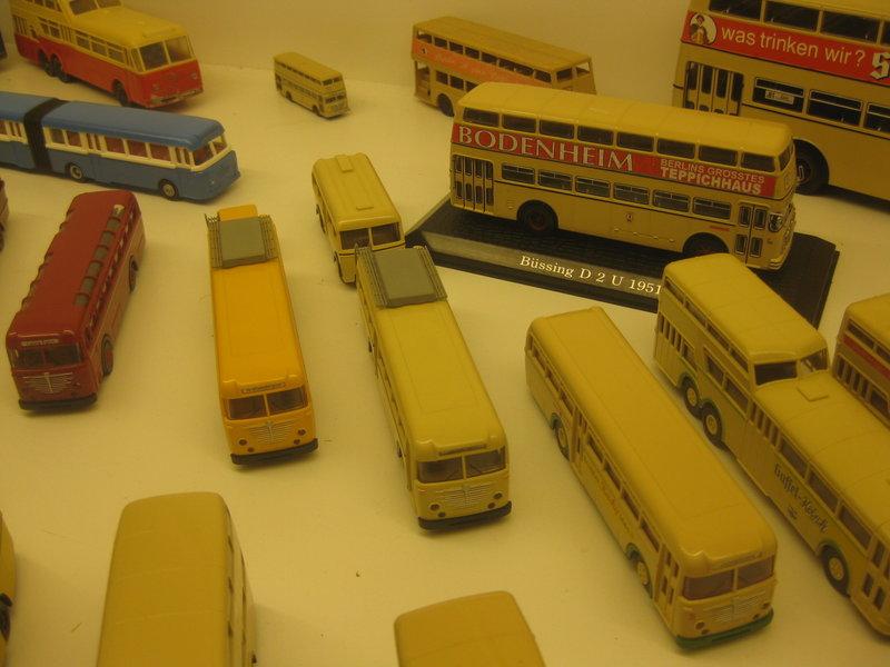 Büssing-Lastwagen und Omnibusse 34484813ai