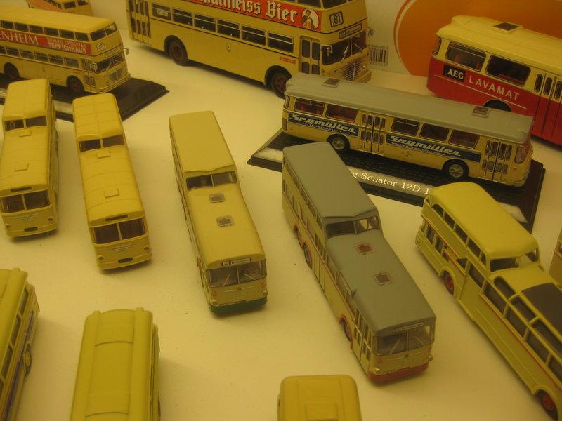Büssing-Lastwagen und Omnibusse 34484814wd