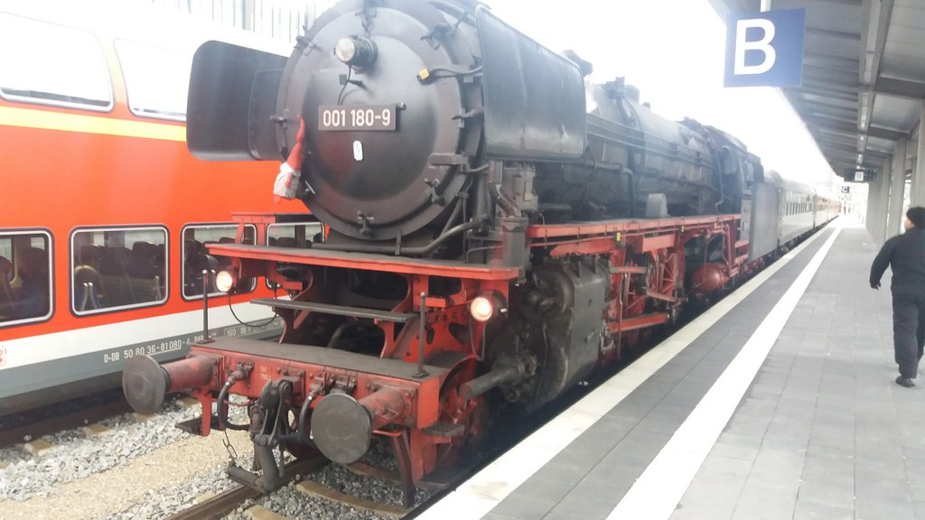 Fahrplanwechsel in München Hbf 34536328rm
