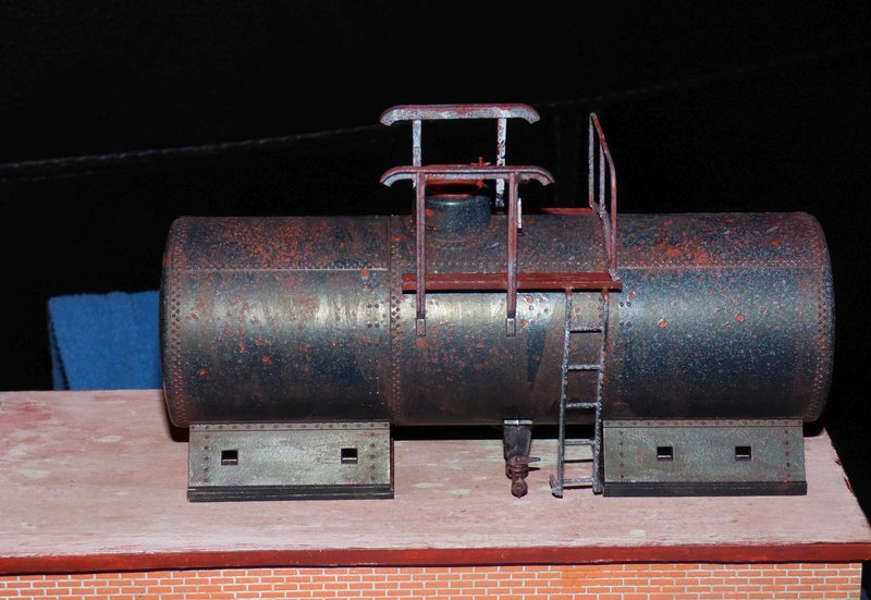 Ein Diorama mit Tanklager 34552383cg
