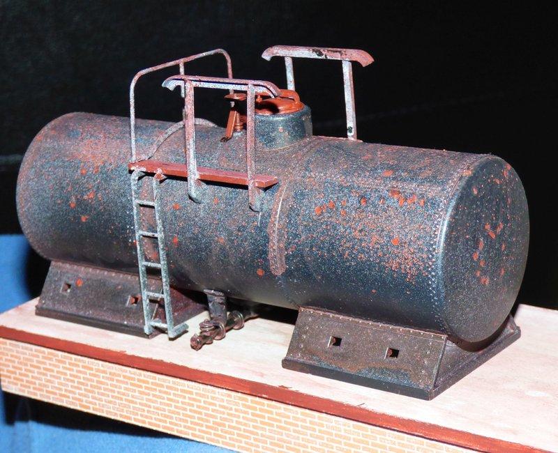 Ein Diorama mit Tanklager 34552384ku