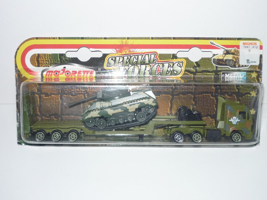 N°6xx Mercedes SK Tank Transporter 34665555wm
