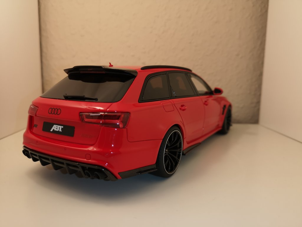 1 18 abt audi rs6 rot modelcarforum. Black Bedroom Furniture Sets. Home Design Ideas
