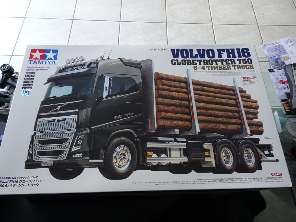 tamiya volvo fh16 timber truck volvo modelle. Black Bedroom Furniture Sets. Home Design Ideas