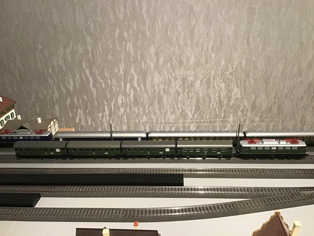 DB E10/E40/E41/110/140/141 im Einsatz 35585260ee