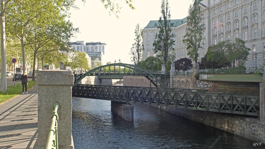 Radrundfahrten entlang Flüssen meiner Heimatstadt Wien 35866255ph