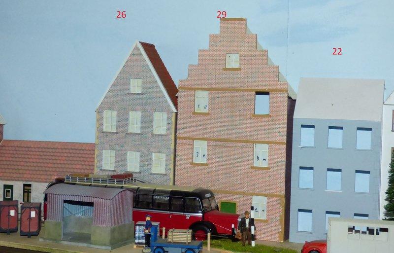 Wilamo - Häuserkulissen 1/45 kpl Strassenzeile - Baubericht 35879575hy
