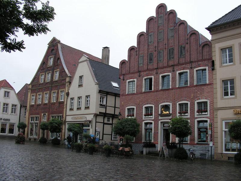Wilamo - Häuserkulissen 1/45 kpl Strassenzeile - Baubericht 35894620vu