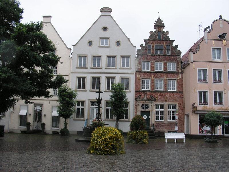 Wilamo - Häuserkulissen 1/45 kpl Strassenzeile - Baubericht 35894622gw