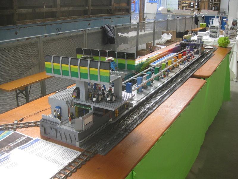 Lego-U-Bahn-Spielanlage 36001501td
