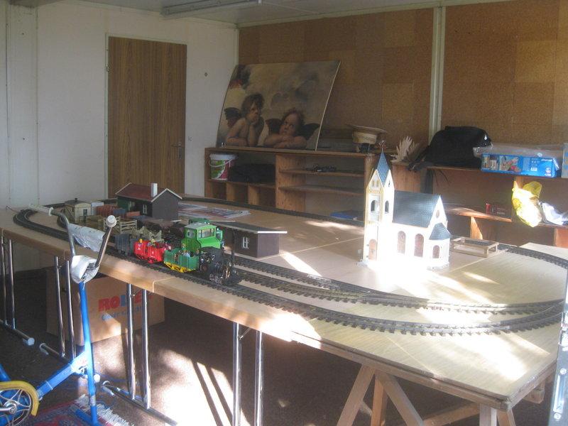 Feldbahn-Spielanlage auf LGB-Gleis 36032972vj