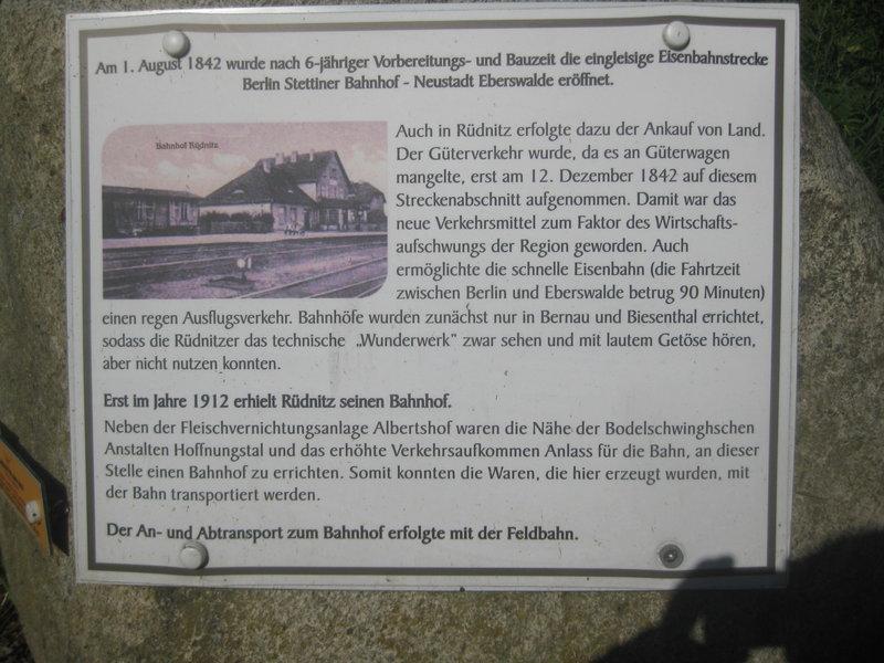 Feldbahn-Spielanlage auf LGB-Gleis 36032978zy