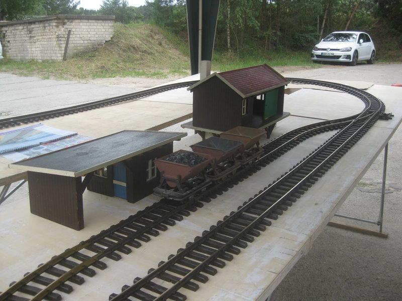 Feldbahn-Spielanlage auf LGB-Gleis 36032988iz