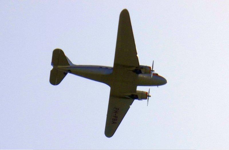 Douglas DC-3 PH - PBA über Münster schnappgeschossen 36141107dq