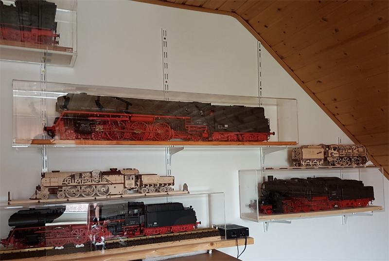 3D-Lokomotivbausatz von ROKR 36433311cn