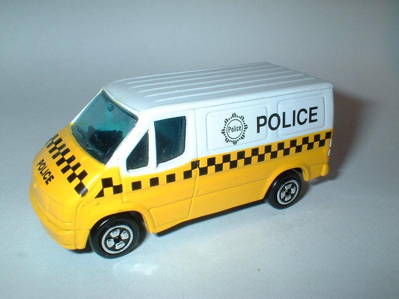 Ford Transit Transporter (Corgi Jr)