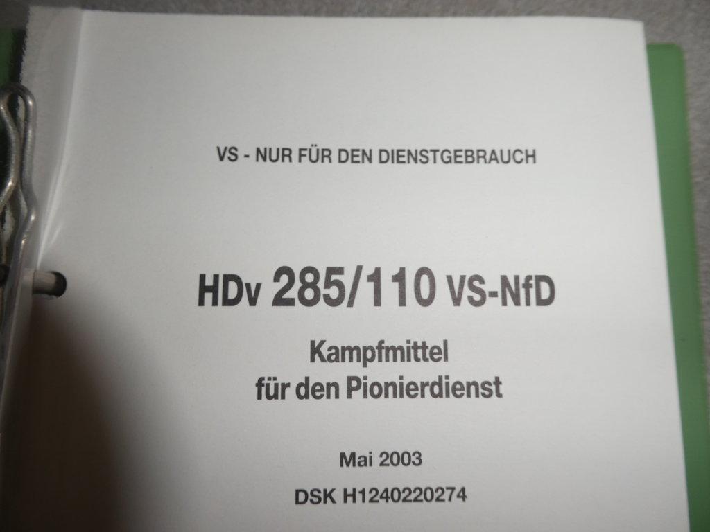 37292768vy.jpg
