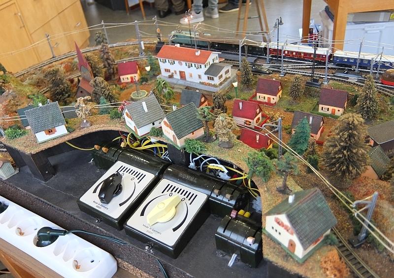 Tag der Modellbahn in Nettetal-Hinsbeck am 30.11.2019 37329260ay