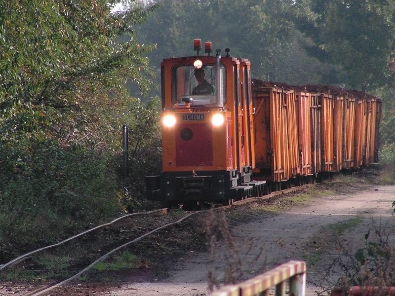 Zwei Anhänger zur Davenport Diesellok / Swiat z Kartonu, 1:25 37385327cu