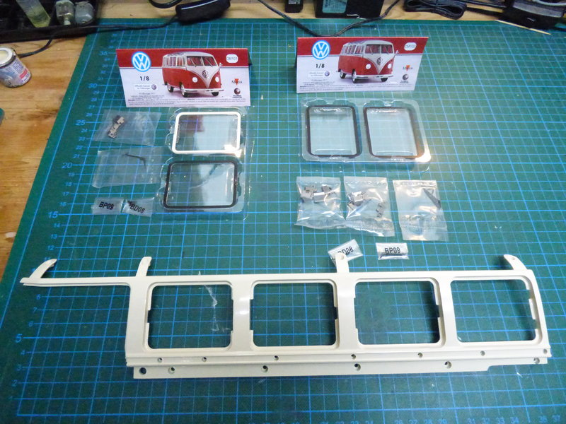 VW T1 Samba 1:8 Sammelbausatz DeAgostini ge. von rmo554 - Seite 2 37416278zs