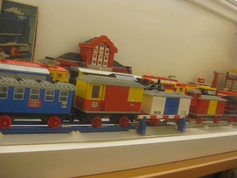 LEGO-Eisenbahn 37445226jw
