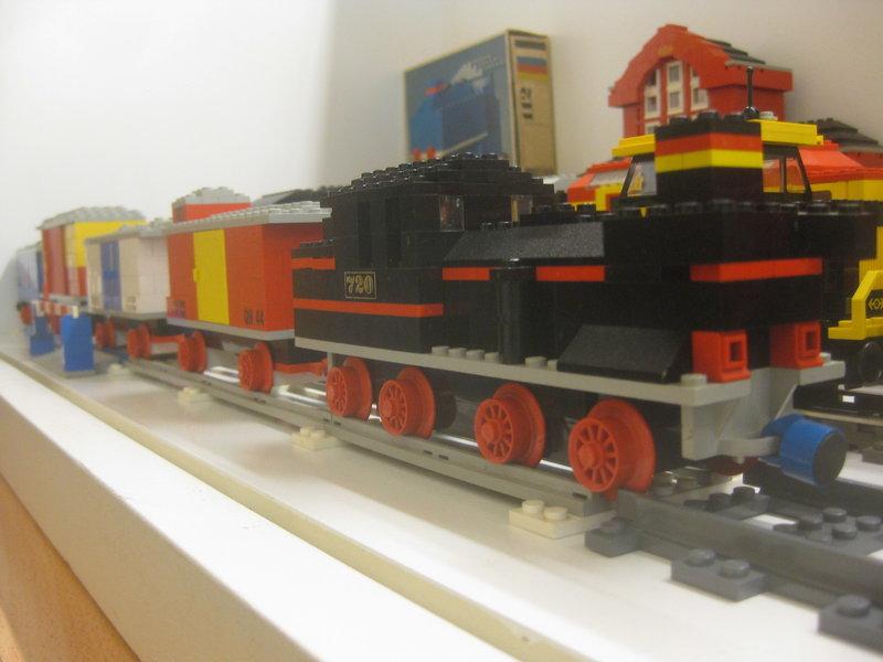 LEGO-Eisenbahn 37445231rw