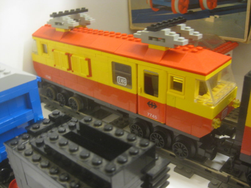 LEGO-Eisenbahn 37445237co