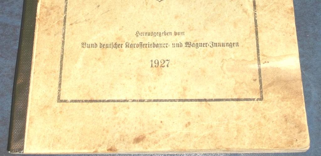 Karosseriebau mit tragendem Holz-Gerüst 37460734ho
