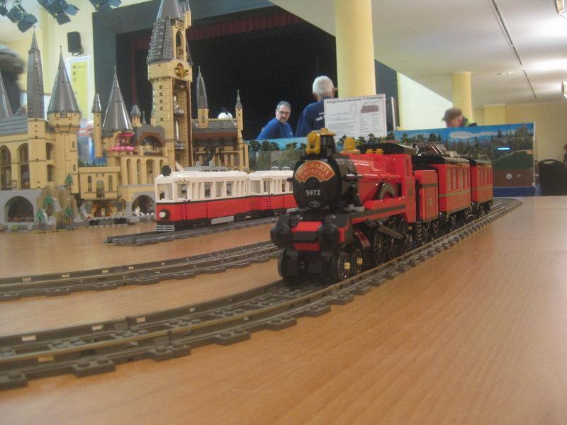 LEGO-Eisenbahn 37794748ff