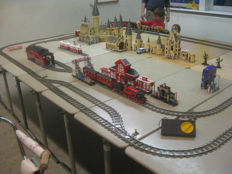 LEGO-Eisenbahn 37794780wi