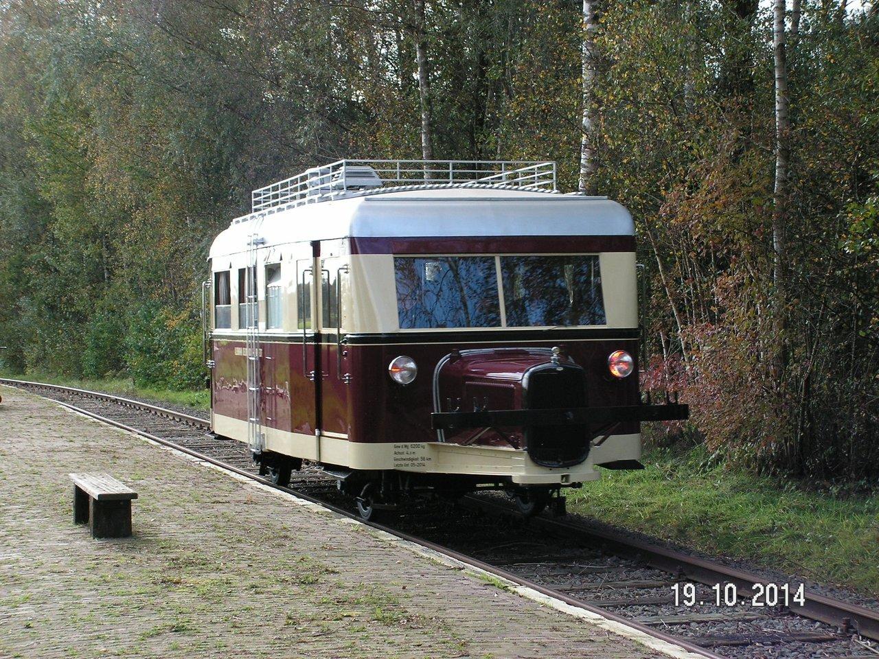"""Projekt """"Schweineschnäuzchen"""" , ein Wismarer Schienenbus in N 38115939fk"""