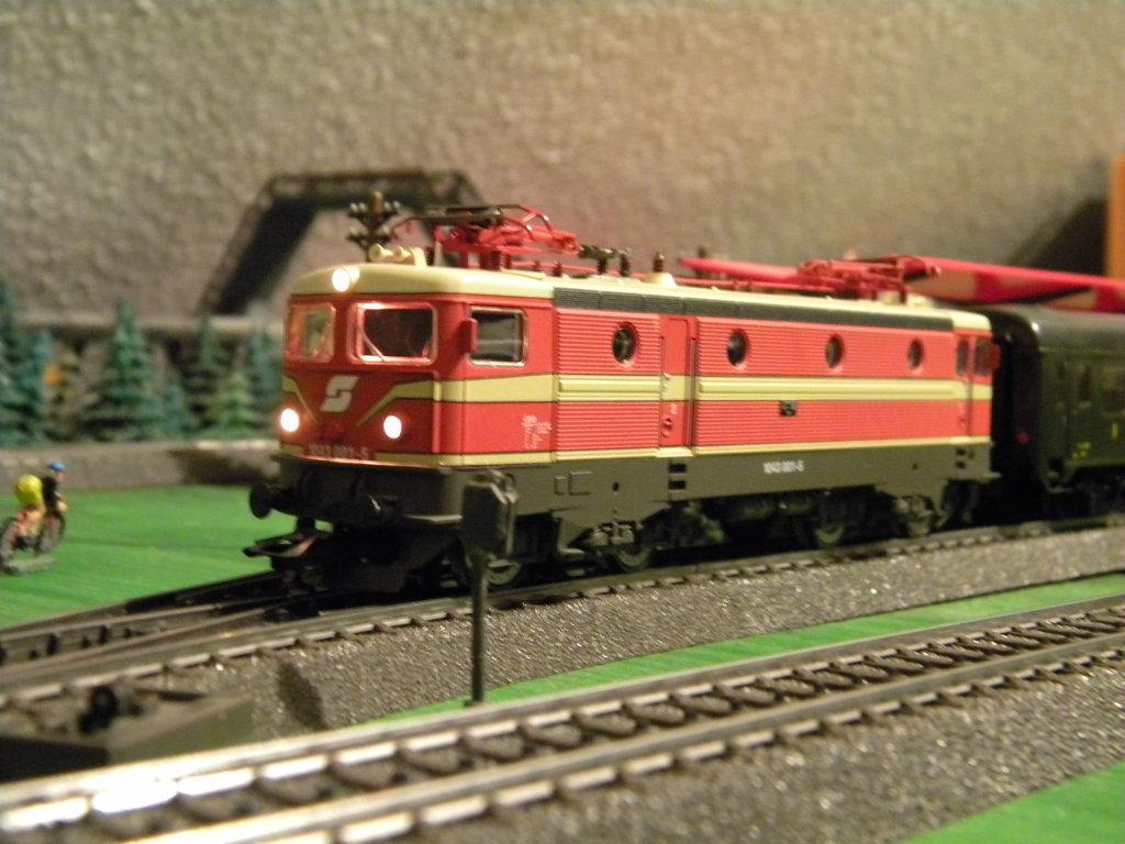 Tauernbahn-Verkehr: Umleitung über Hellau 38386068pw