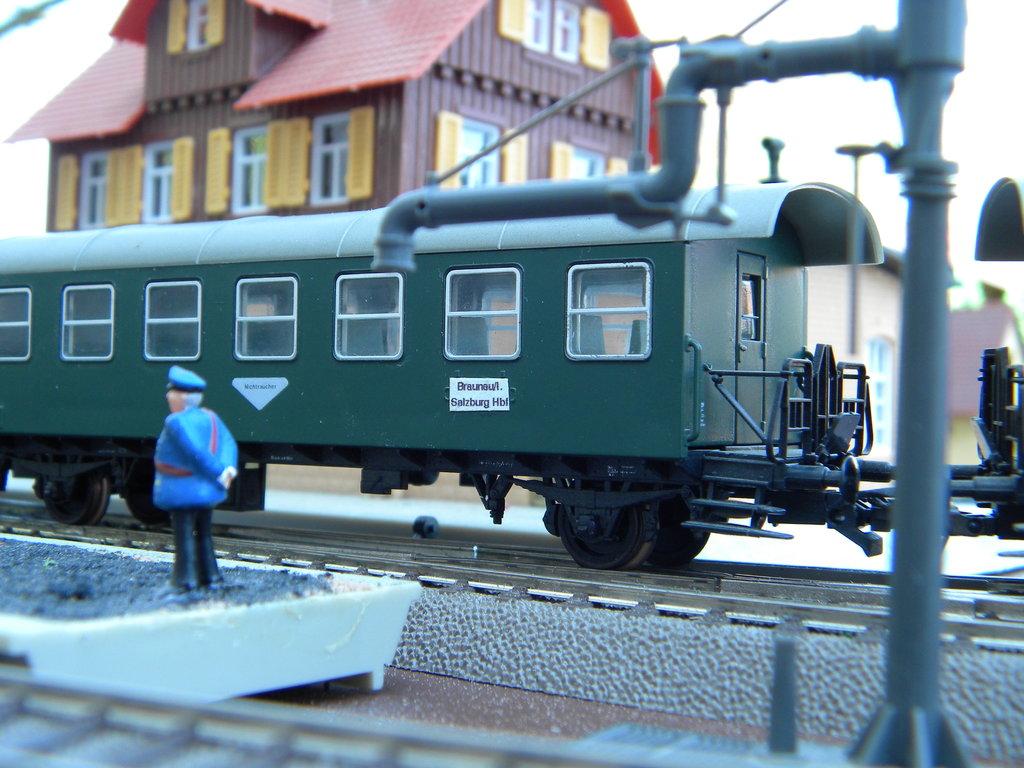 Tauernbahn-Verkehr: Umleitung über Hellau 38390399vx