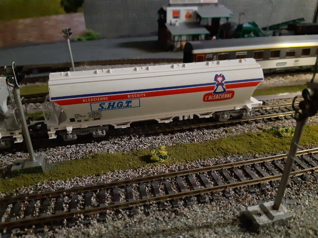 SNCF BB 9283 grün 38498942tt