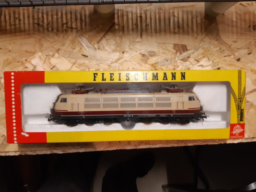 Die erste und die letzte von Fleischmann produzierte 103 38562331gg